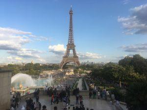 パリ、エッフェル塔、トロカデロから