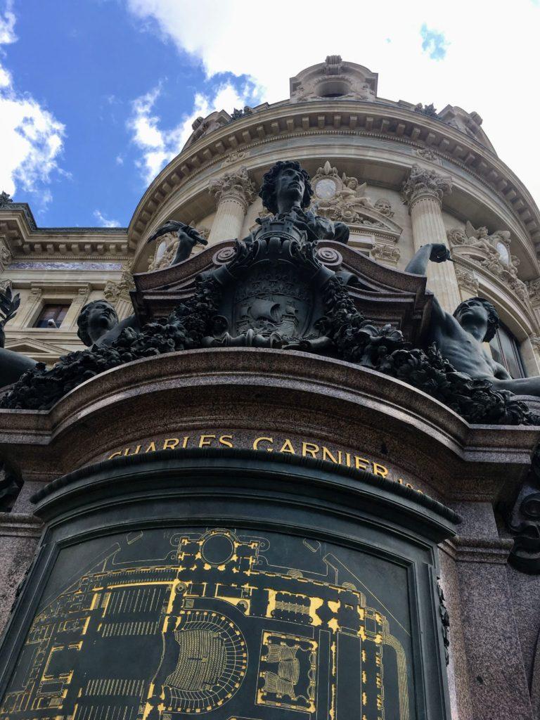 フランス-パリ-オペラ座-ガルニエ宮外観と見取り図