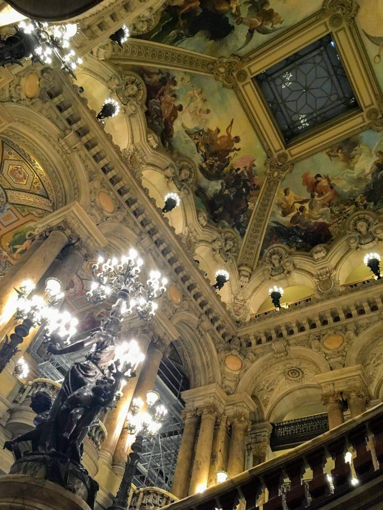 フランス-パリ-オペラ座-ガルニエ宮内観-天井装飾