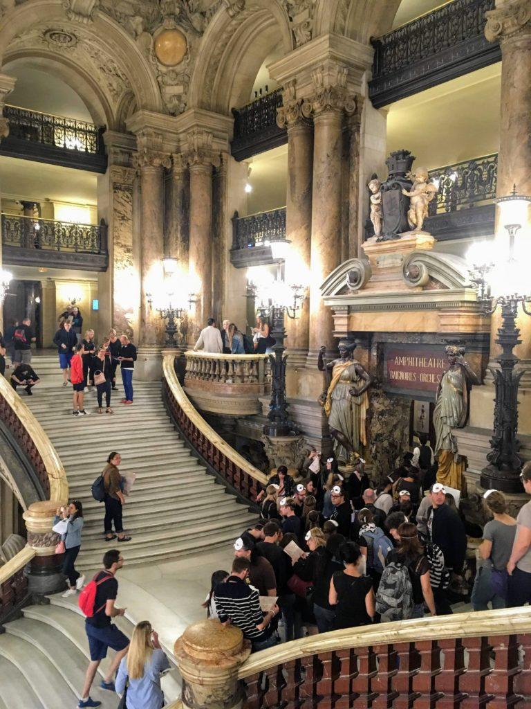 フランス-パリ-オペラ座-ガルニエ宮-脱出ゲームの様子