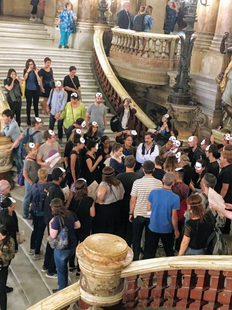 フランス-パリ-オペラ座-ガルニエ宮内観-脱出ゲームの様子