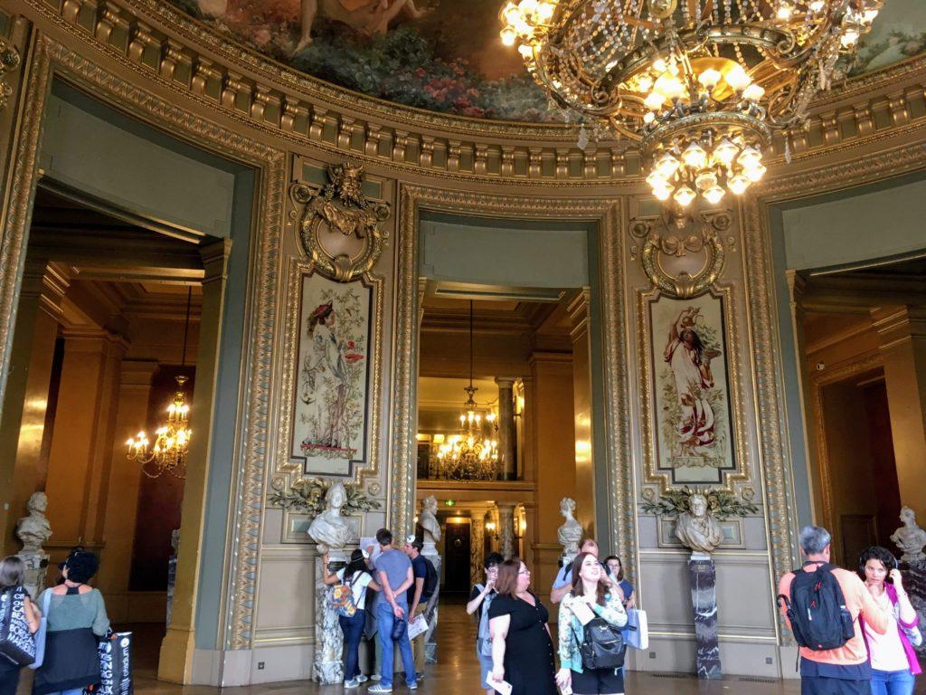 フランス-パリ-オペラ座-ガルニエ宮内観