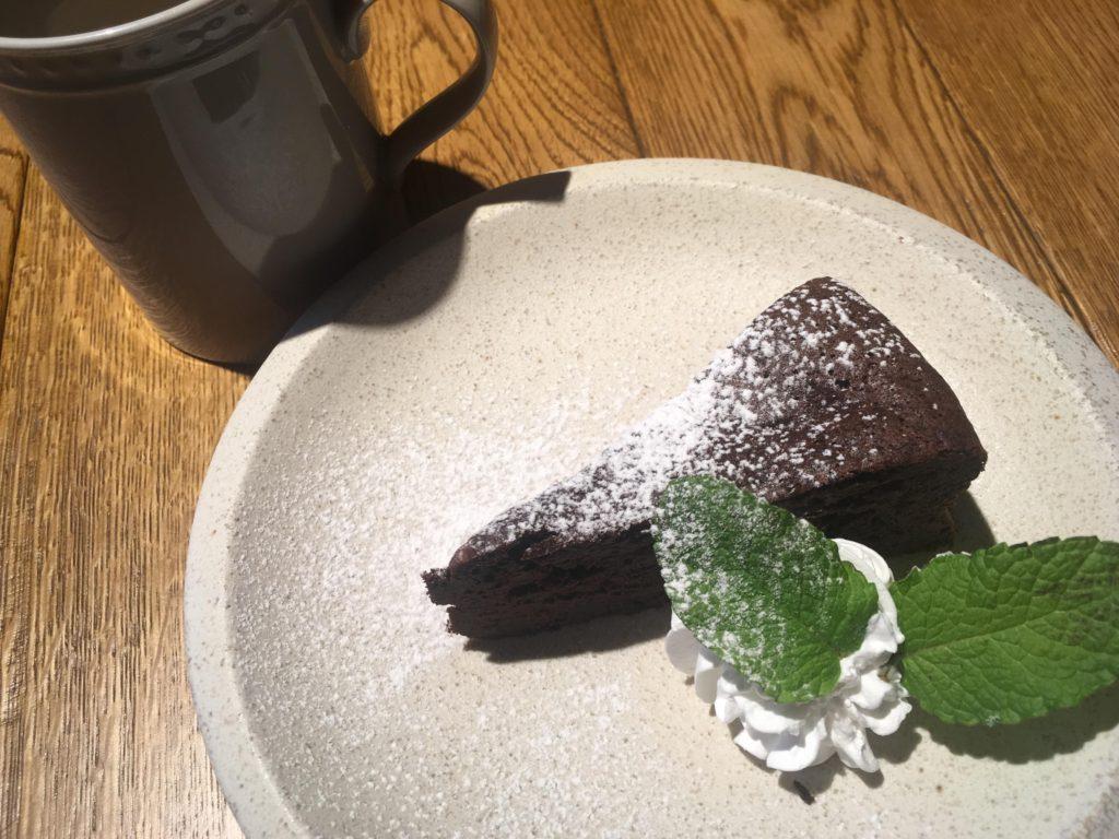 イカリヤ365チョコレートケーキ