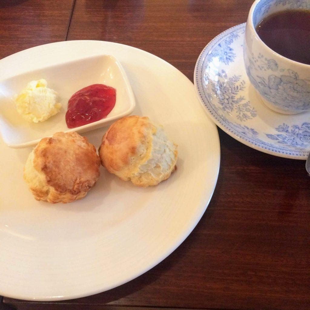 Grace紅茶とスコーン