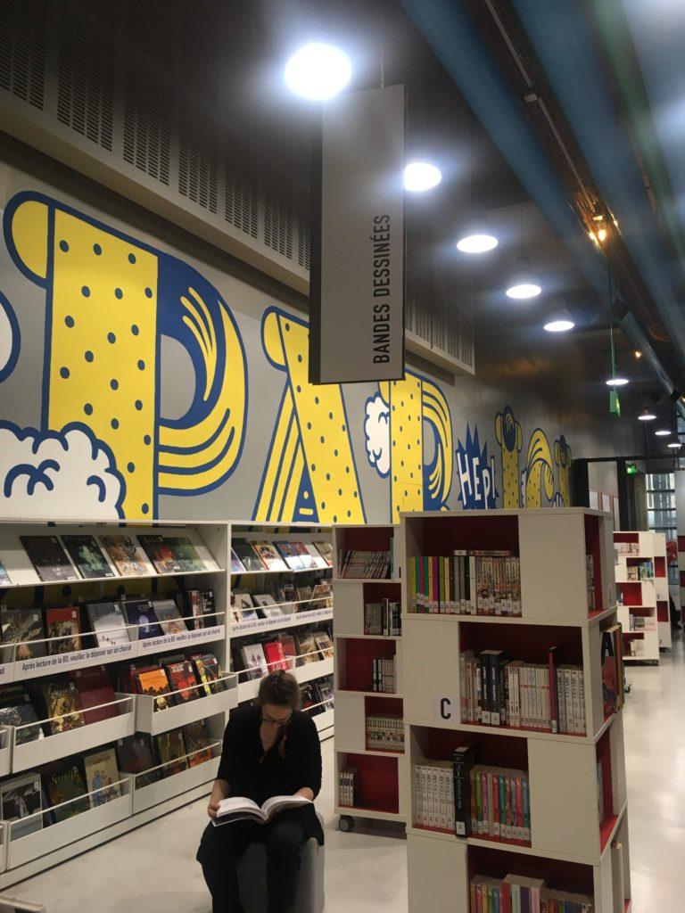 フランス-パリ-ポンピドゥセンター図書館漫画コーナー